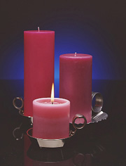Mole Hollow Pillar Candle Set